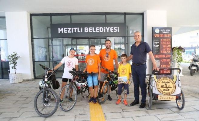 Pençedenöz ailesi, Mezitli'de mola verdi