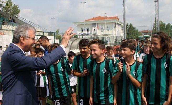 Başkan Yüce yaz okulu açılış törenine katıldı