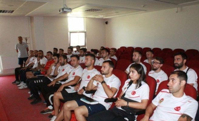 Erzincan'da TFF C Antrenörlük Kursu başladı