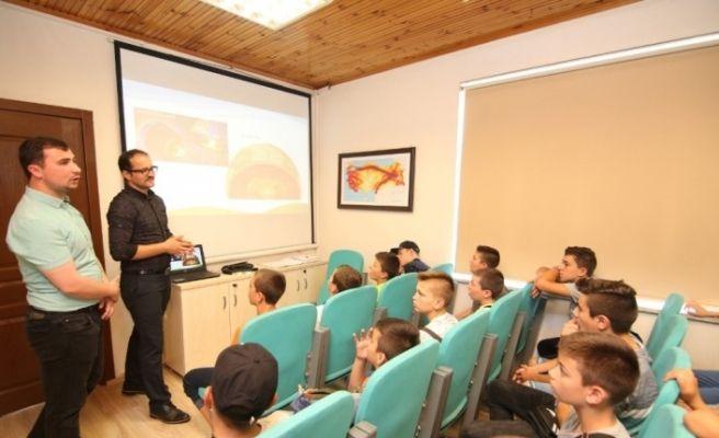 Bulgaristanlı Türk öğrenciler Kocaeli'yi gezdi