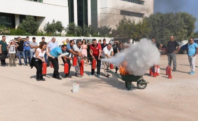Konyaaltı Belediyesi personeline yangın eğitimi