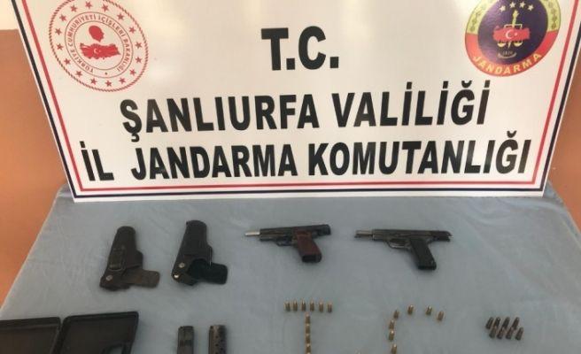 Jandarmadan silah tacirine operasyon