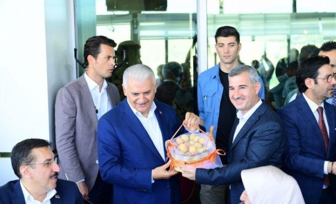Başkan Çınar, Yıldırım'ın onuruna yemek verdi