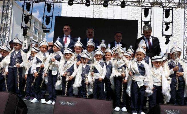 Yozgat'ta 75 çocuk için sünnet şöleni gerçekleştirildi