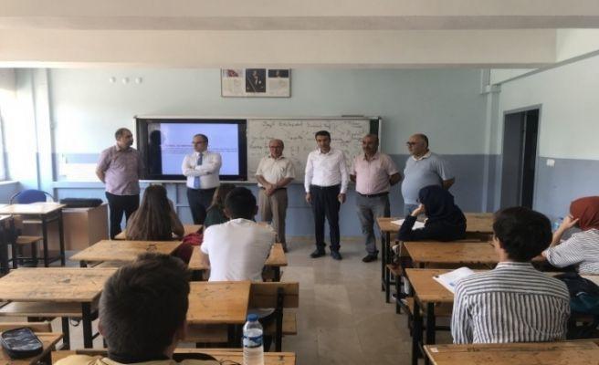Turhal'da 295 öğrenciye YKS kursu