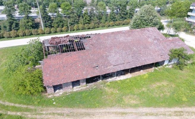 Kartepe'de yıkılan tarihi pancar deposu yeniden yapılacak