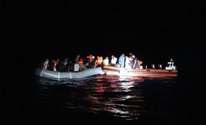 Datça'da 42 göçmen yakalandı