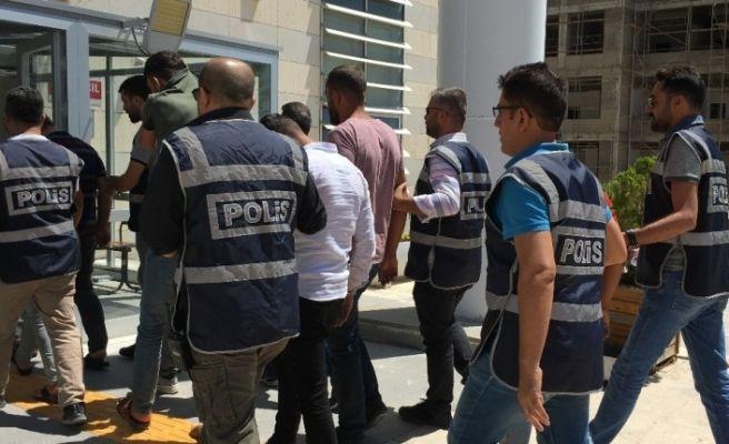 100 bin TL'lik  dolandırıcılığa: 2 tutuklama