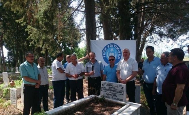 Recep Varlıakman ölümün 4. yılında mezarı başında anıldı