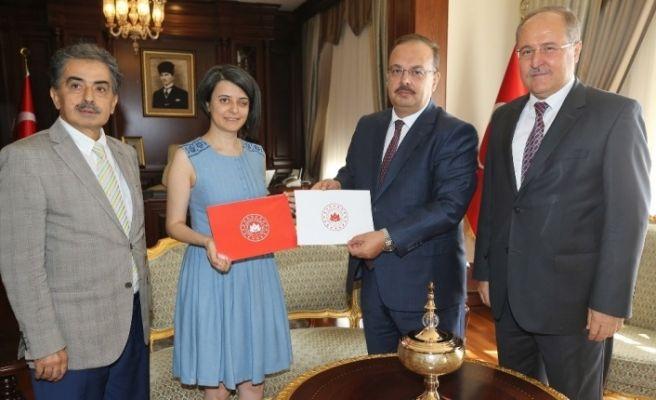 Bursa Valiliği'nin yeni logosuna BUÜ eli değdi