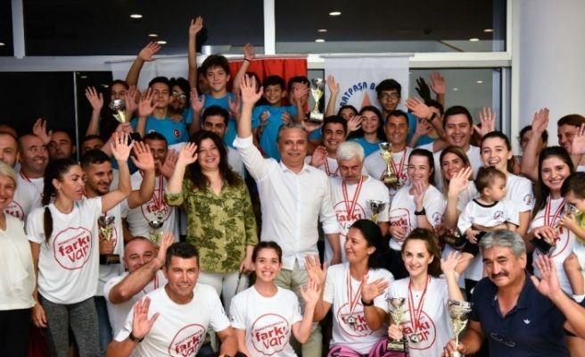 Belediye çalışanları, genç antrenörlerle turnuvaya çıktı