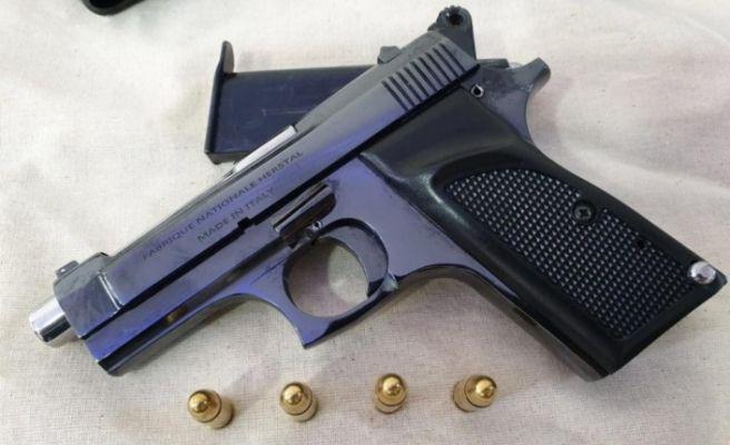 Silah ticareti operasyonunda 3 kişi tutuklandı