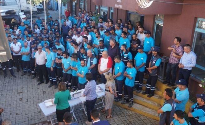Başkan Hürriyet temizlik işçileriyle bayramlaştı