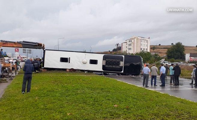Yolcu Otobüsü Devrildi: Ölü Ve Yaralılar Var!
