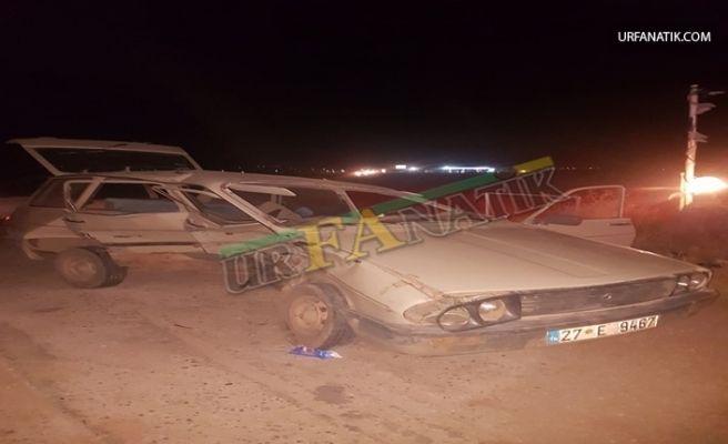 Suruç-Birecik Yolunda İki Otomobil Çarpıştı