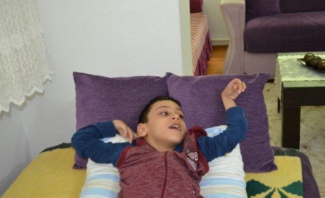 Serebral palsi hastası Yiğit Ali için yardım kampanyası