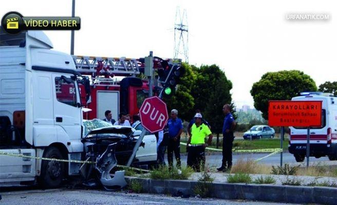 Emniyet Müdürünün Eşi  Kazada Hayatını Kaybetti!