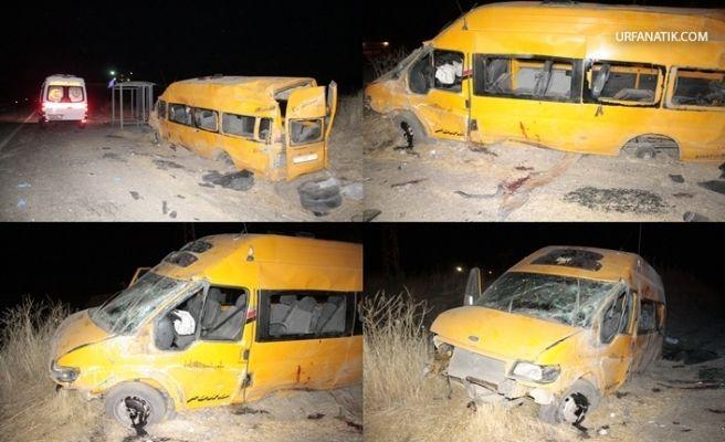 Göçmenleri Taşıyan Minibüs Kaza Yaptı: 1 Ölü, 12 Yaralı
