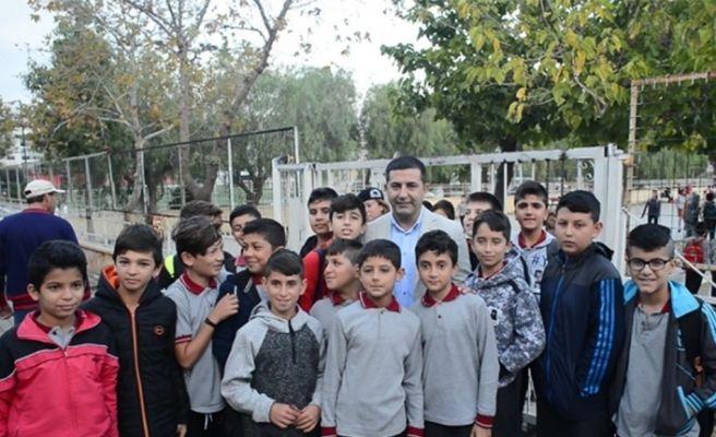 """Başkan Ömer Günel'den Eğitime """"ulaşım"""" desteği"""