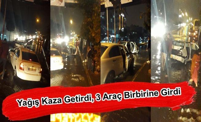 Urfa'da Yağış Kaza Getirdi, 3 Araç Birbirine Girdi