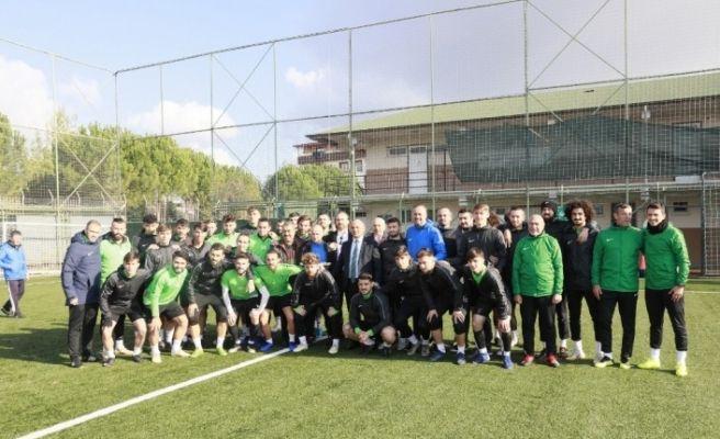 Başkan Söğüt'ten Kocaelispor'a motivasyon ziyareti
