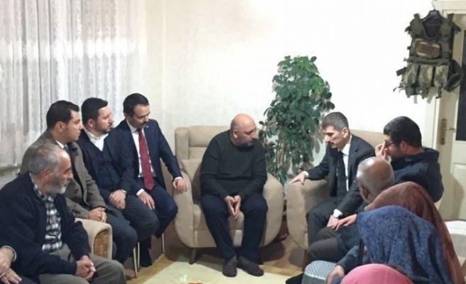 İnce'den Akçakale'de Saldırıda Şehit Askerin Ailesine Ziyaret