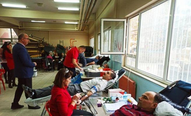 Kaymakamdan kan bağışına destek