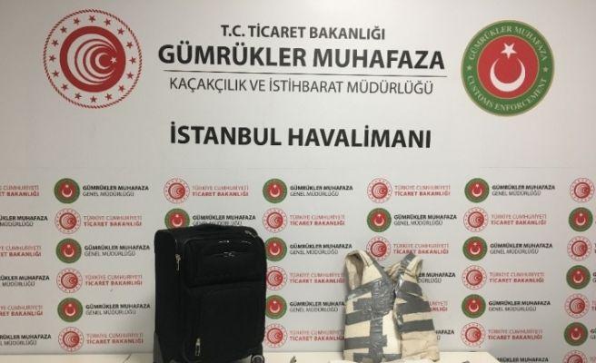 İstanbul Havalimanı'nda 7 kilo 500 gram kokain ele geçirildi