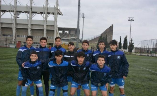 Yunusemre U16 takımı play-off'u garantiledi