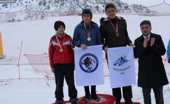 Erciyes'te kayak heyecanı sona erdi