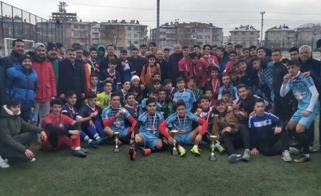 Okullar Arası Genç Erkekler Futbol İl Birinciliği tamamlandı