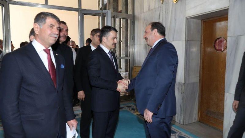 Vekil Özcan başkan ve bakanlarla bir araya geldi!