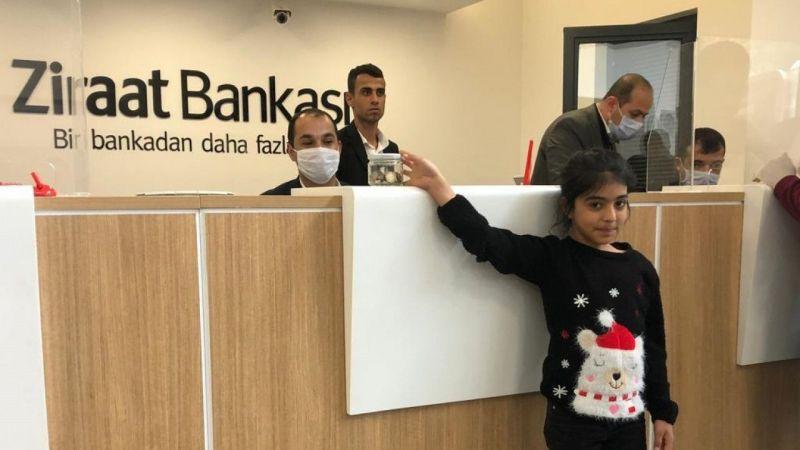 """Şanlıurfalı 10 yaşındaki Avaşin, oyuncak almak için biriktirdiği parasını """"Milli Dayanışma Kampanyası""""na bağışladı"""
