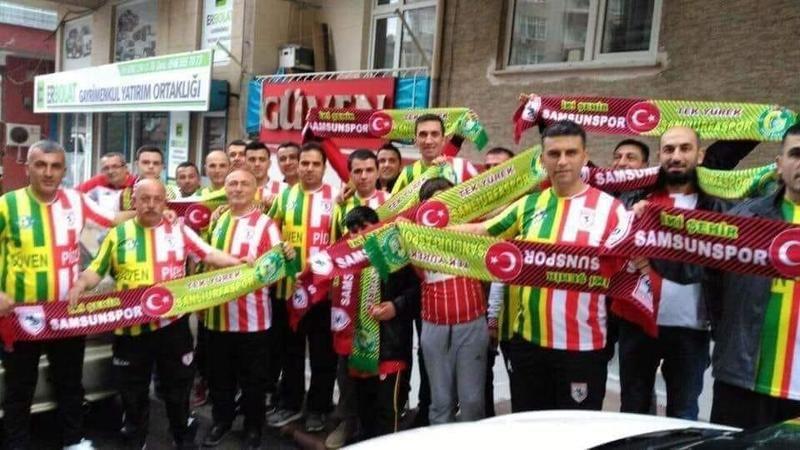 Samsunsporlu taraftarlardan Urfaspor'a tam destek