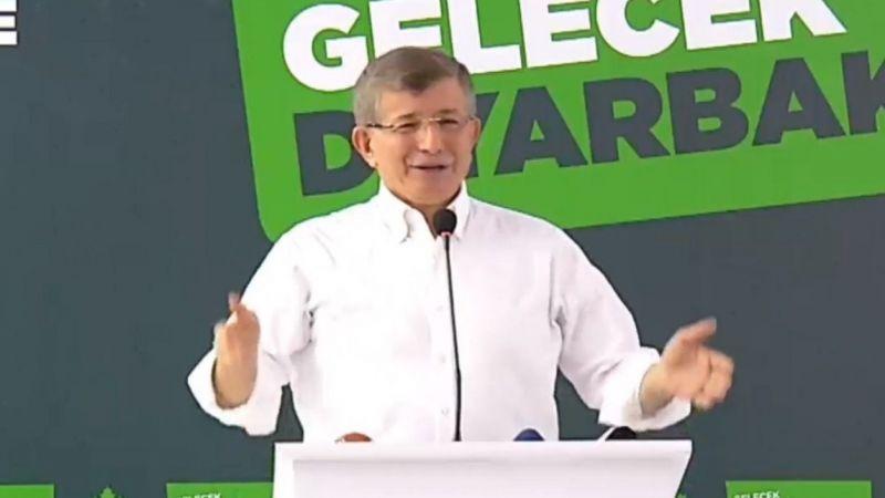 Başkan Davutoğlu Diyarbakır'da Urfa dahil birçok ili sıraladı