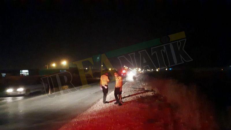 Haliliye'de motosiklet sürücüsü karanlık yolda yayaya çarptı