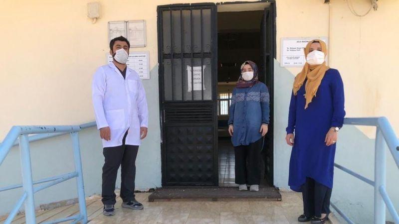 Şanlıurfa'da sağlık çalışanlarından 1 dakikalık saygı duruşu