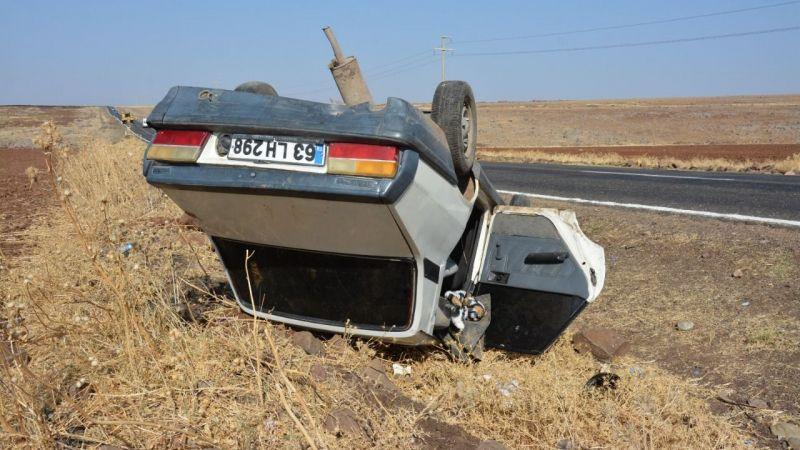 4 kişinin bulunduğu araç Urfa'da şarampole devrildi!