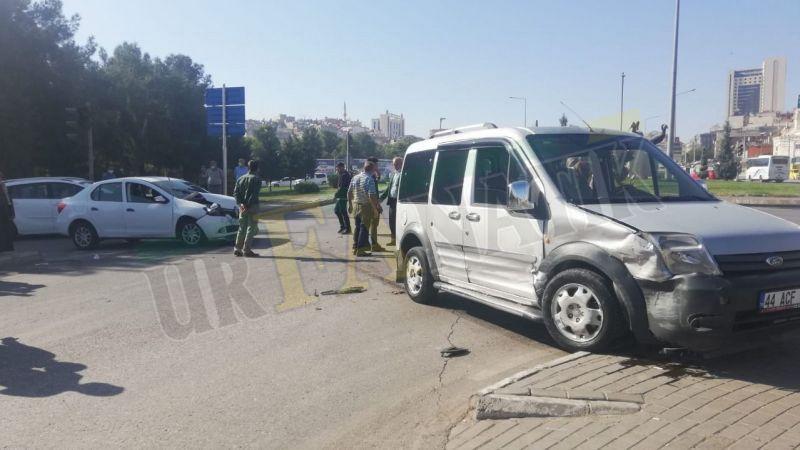 SSK kavşağında kaza: Yaralılar var