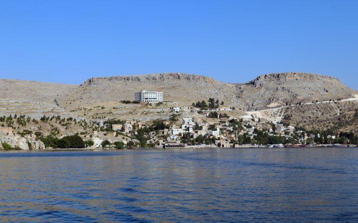 """Bozkırın ortasındaki """"sahil kenti"""" Halfeti'de su sporları yeniden canlanıyor"""