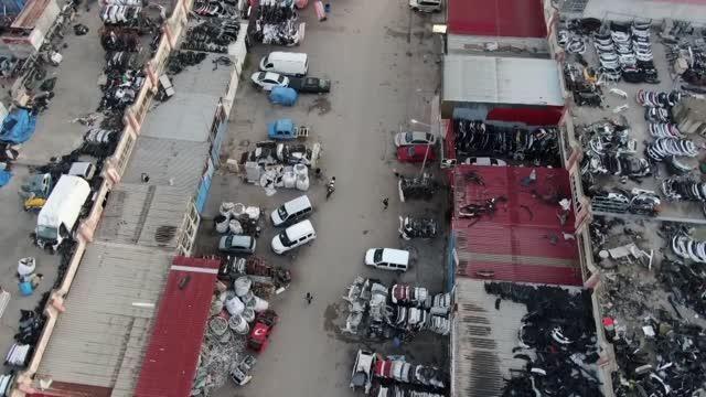 Urfa'da oto hırsızlığı çetesine operasyon: Polis zanlıları çöpçü kılığında izlemiş