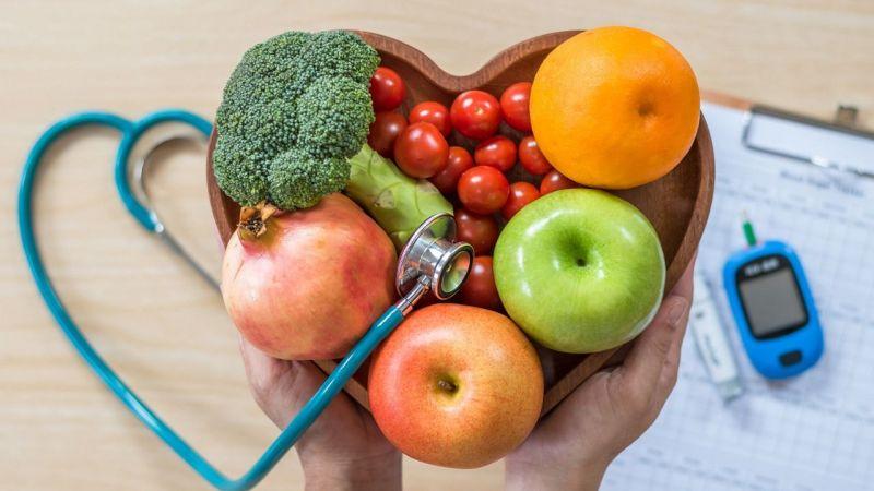 Diyabet hastaları bayramda beslenme düzenine dikkat etmeli
