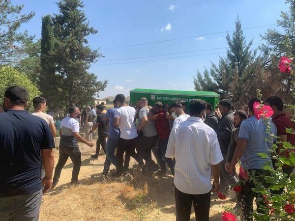 Birecik'te feci kazada ölen kardeşler ağıtlarla defnedildi