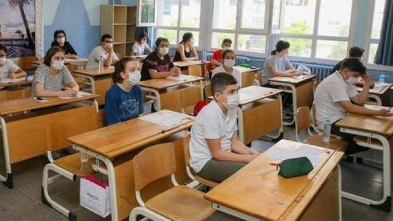 Öğrenciler duyuru: LGS soru ve cevapları açıklandı!