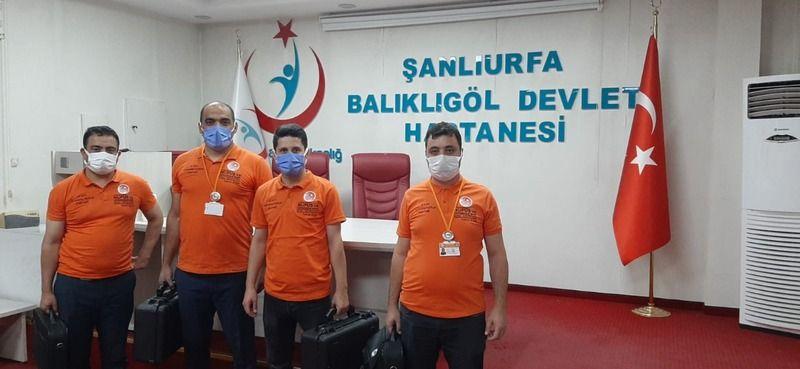 Urfa'da sağlıkçılara jest yapıldı
