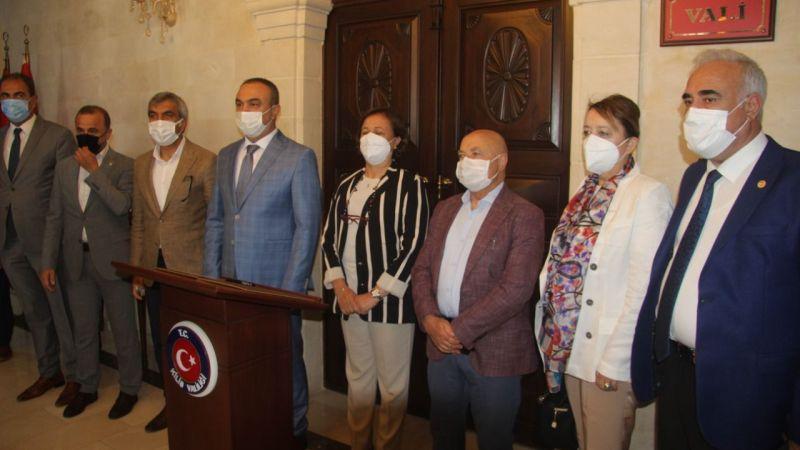 Vekil Aydınlık ve Komisyonu üyeleri Kilis'te