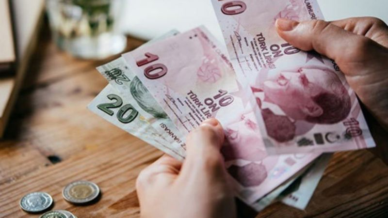 Emeklilere zam müjdesi! İşte yeni maaşlar…