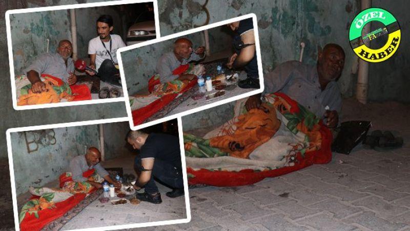 Urfa'da sokaklarda yaşayan adam yardım bekliyor