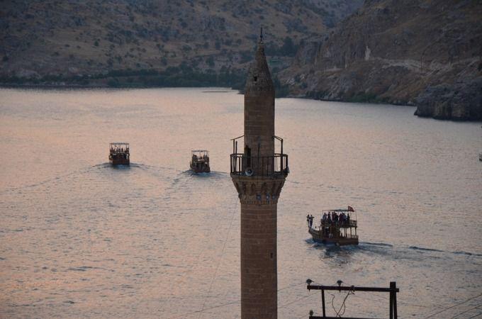 Urfa'nın turizm ilçesine akınlar başladı