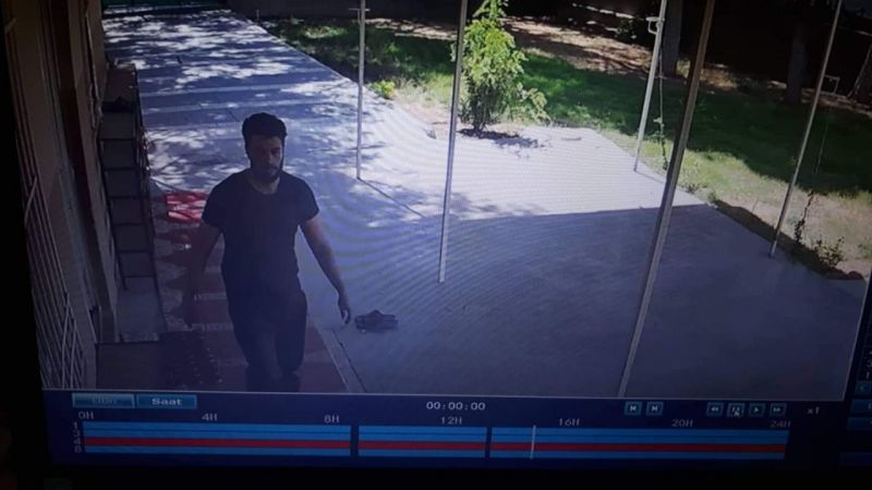 Şanlıurfa'da camiye giren hırsız kabloları çaldı!